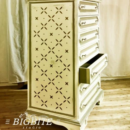 Simple Cross Pattern - Floral Stencil, previe on the chest of drawers