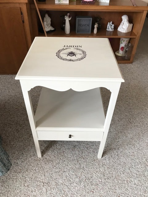Customer's Submission: Shabby Chic Table with Bumblebee - Water Decal Print Transfer